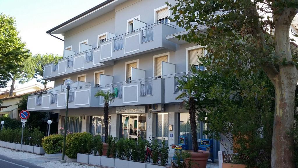 Hotel Ancora Cesenatico 2 stelle